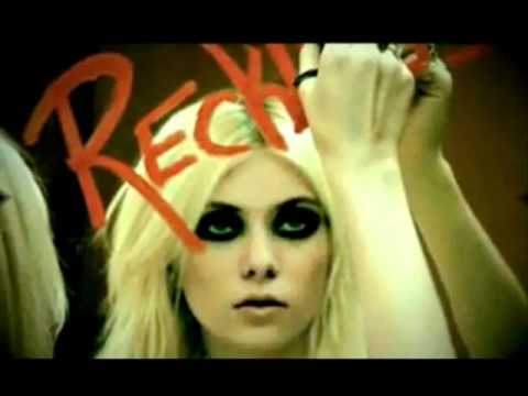 The Pretty Reckless - Everybody Wants Something from Me (Demo)