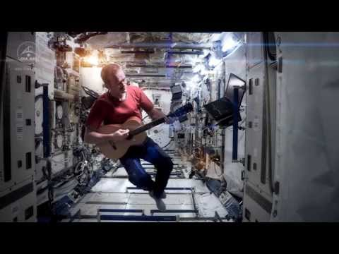 Chris Hadfield - Space Oddity(OST интерстеллар)